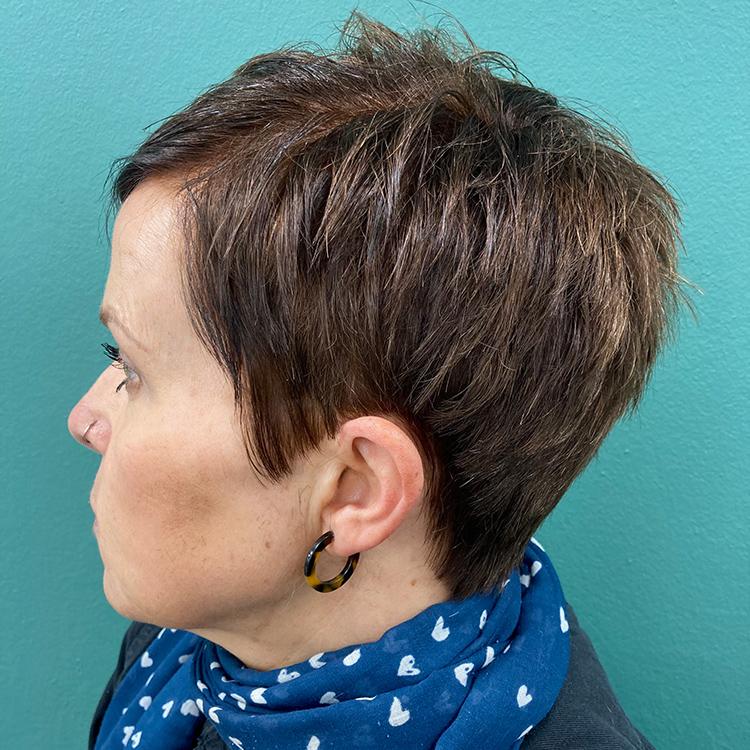best hair cutting salon in North Baddesley