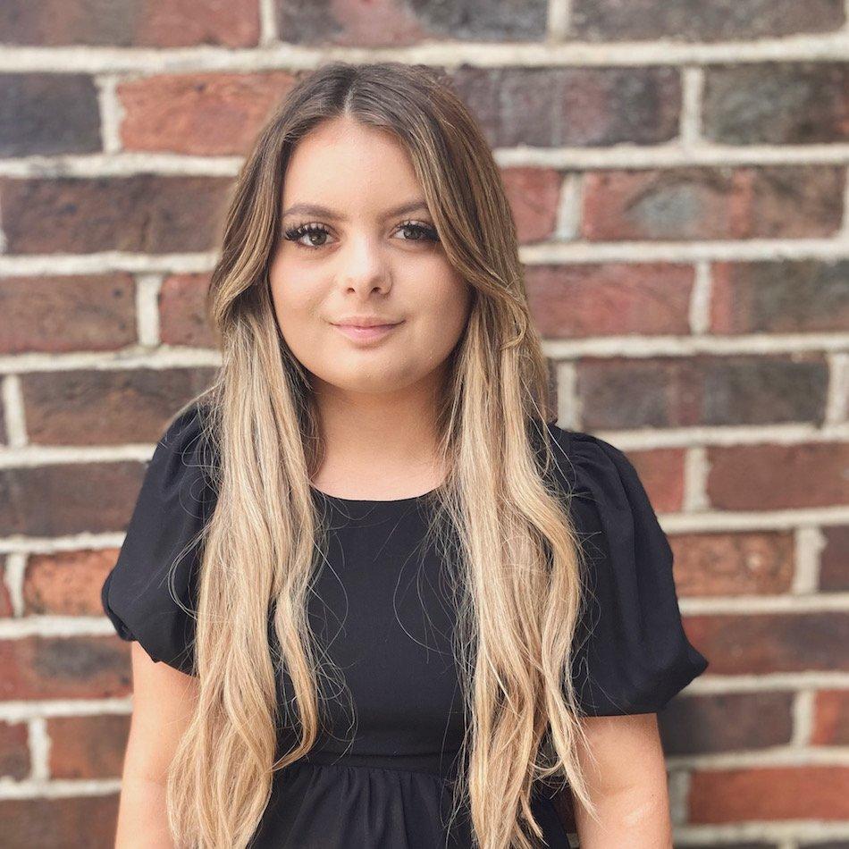 Jade Salon Apprentice at Lore Hairdressing Salon North Baddesley